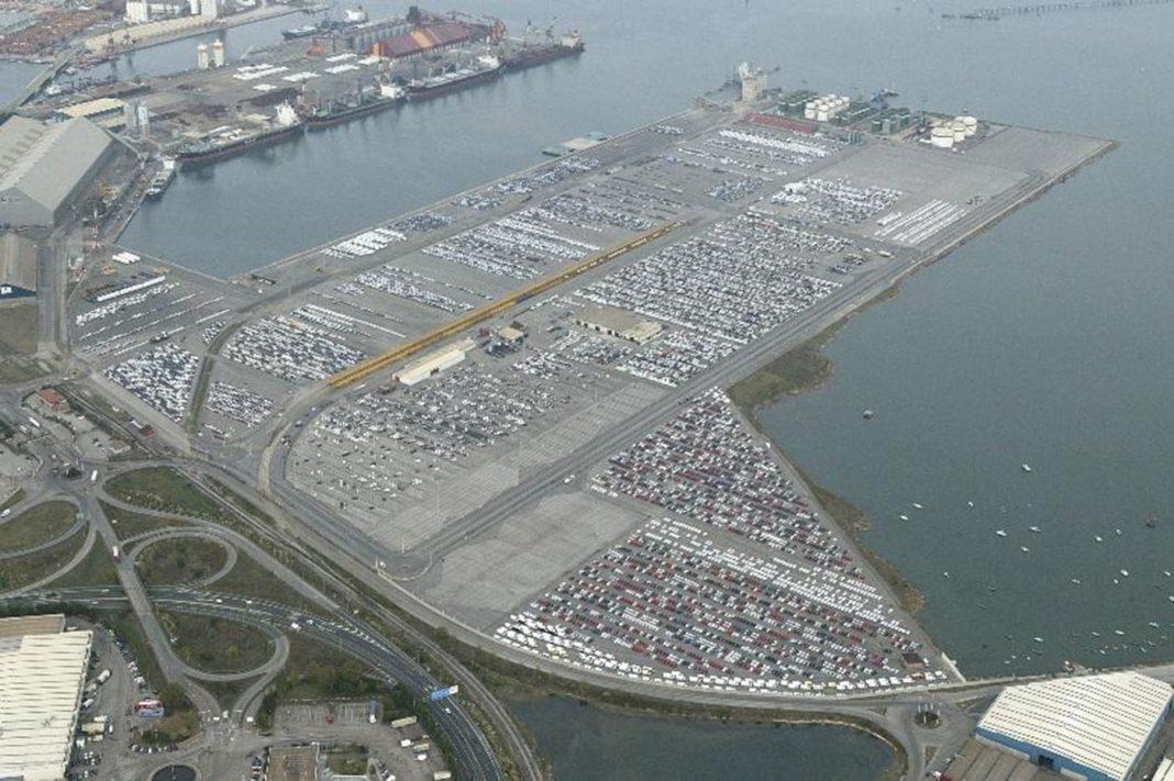 Muelle Raos puerto Santander