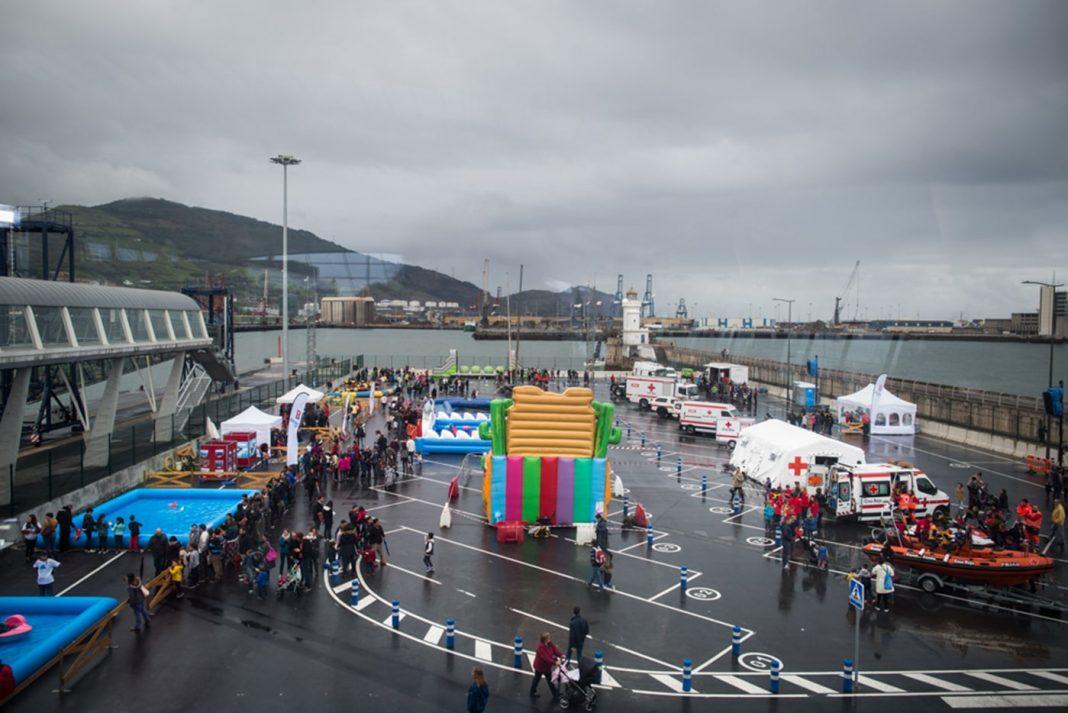 Dia del puerto Kai Jai